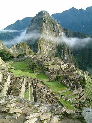 Peru_Machu_Picchu_Sunrise