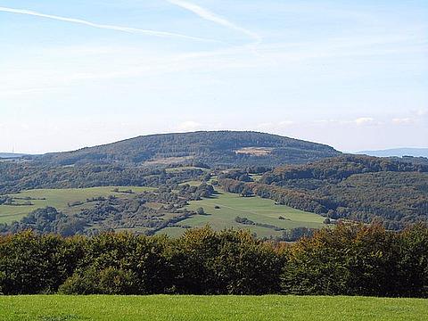 480px-Hirschberg_(Kaufunger_Wald)